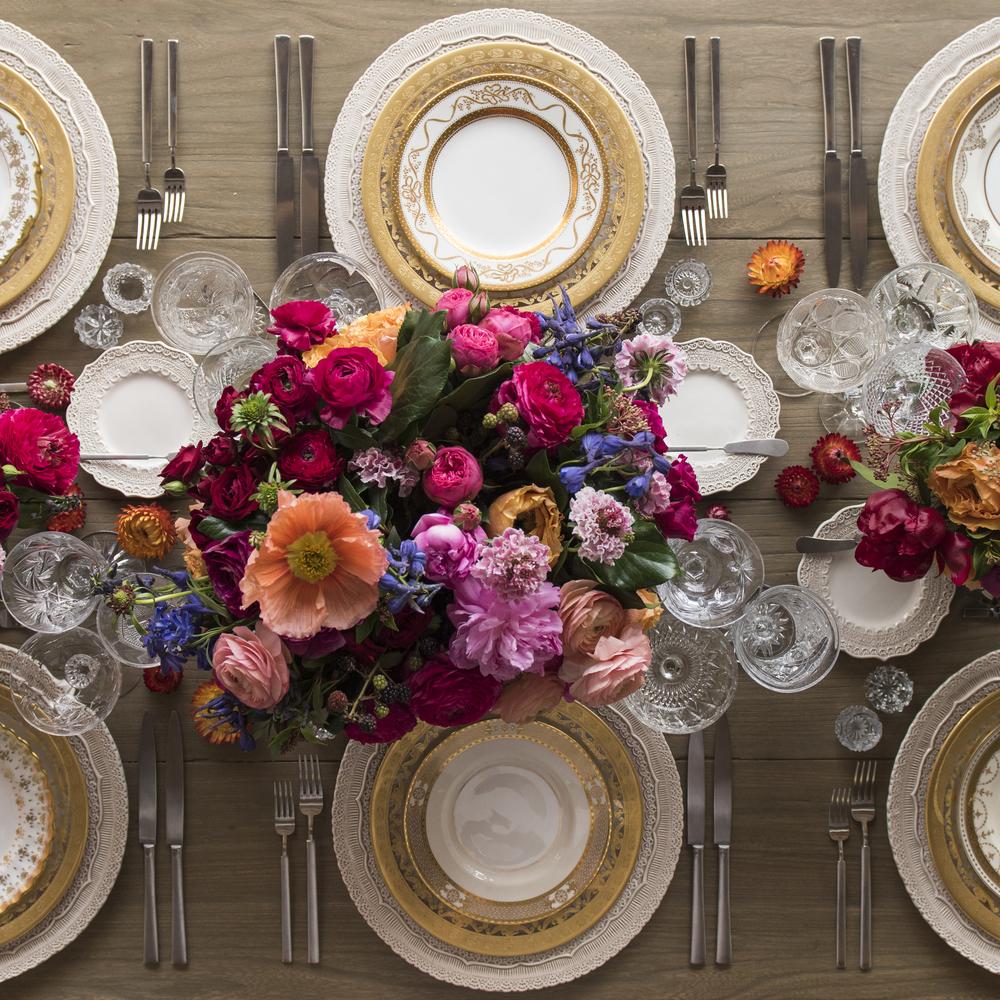 Как да сервираме вечеря за гости у дома, така че да не изпуснем забавата на вечерта