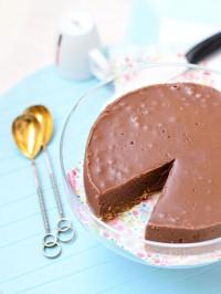 Класически изискано: торта със суров шоколад, снимка на Надя Петрова