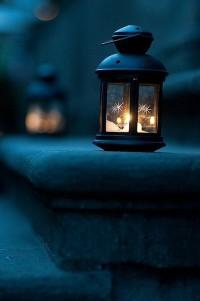 4 начина да използваш фенерите за коледна декорация
